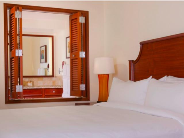 Marriott's Ko Olina Beach Club - Bedroom