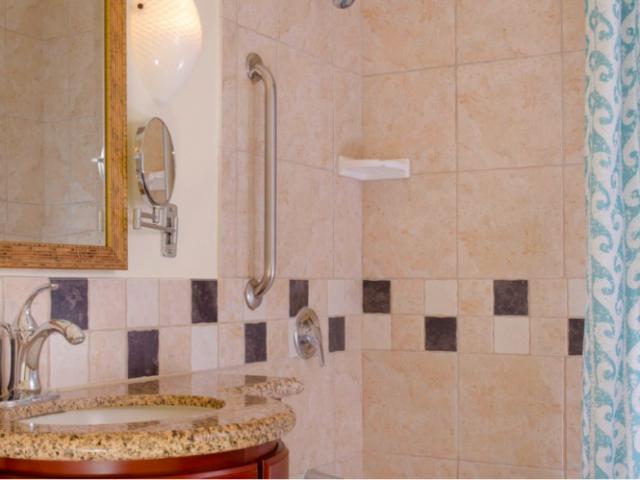 Marriott's Ko Olina Beach Club - Sink & Shower