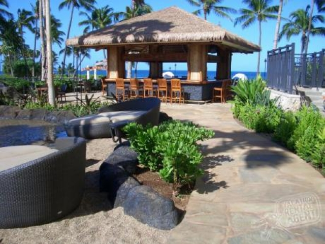 Marriott's Ko Olina Beach Club - Outdoor Bar