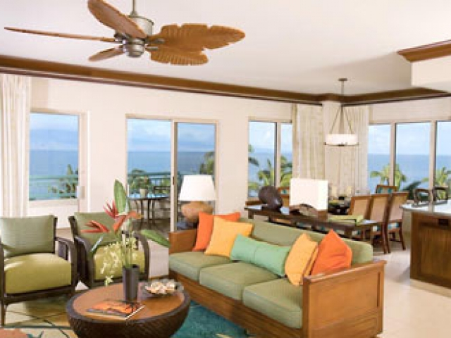 Marriot Maui Ocean Club - Resort Living Area